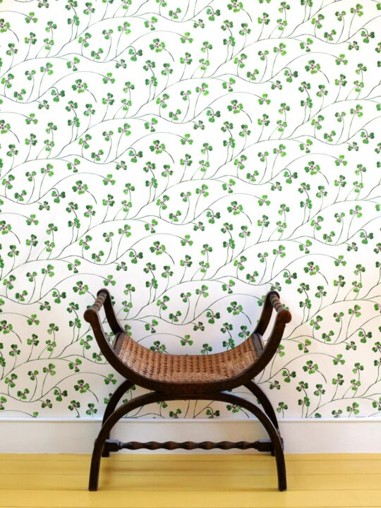 clover wallpaper small-scale